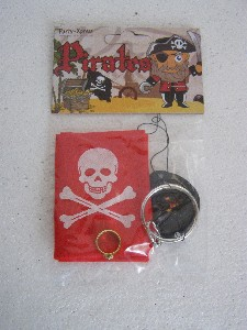 PIRATE BANDANA AND PATCH